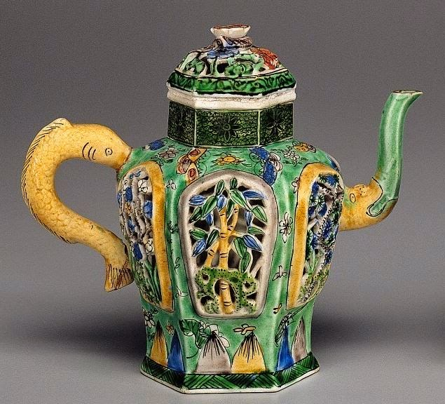 "<img src=""Reticulated Kangxi Wine Pot .jpg"" alt="" Famille Verte on Biscuit"">"