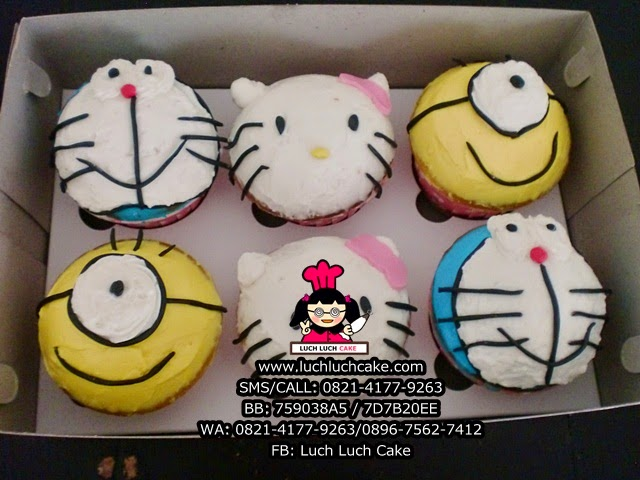 Cupcake Buttercream Hello Kitty, Doraemon, Minion