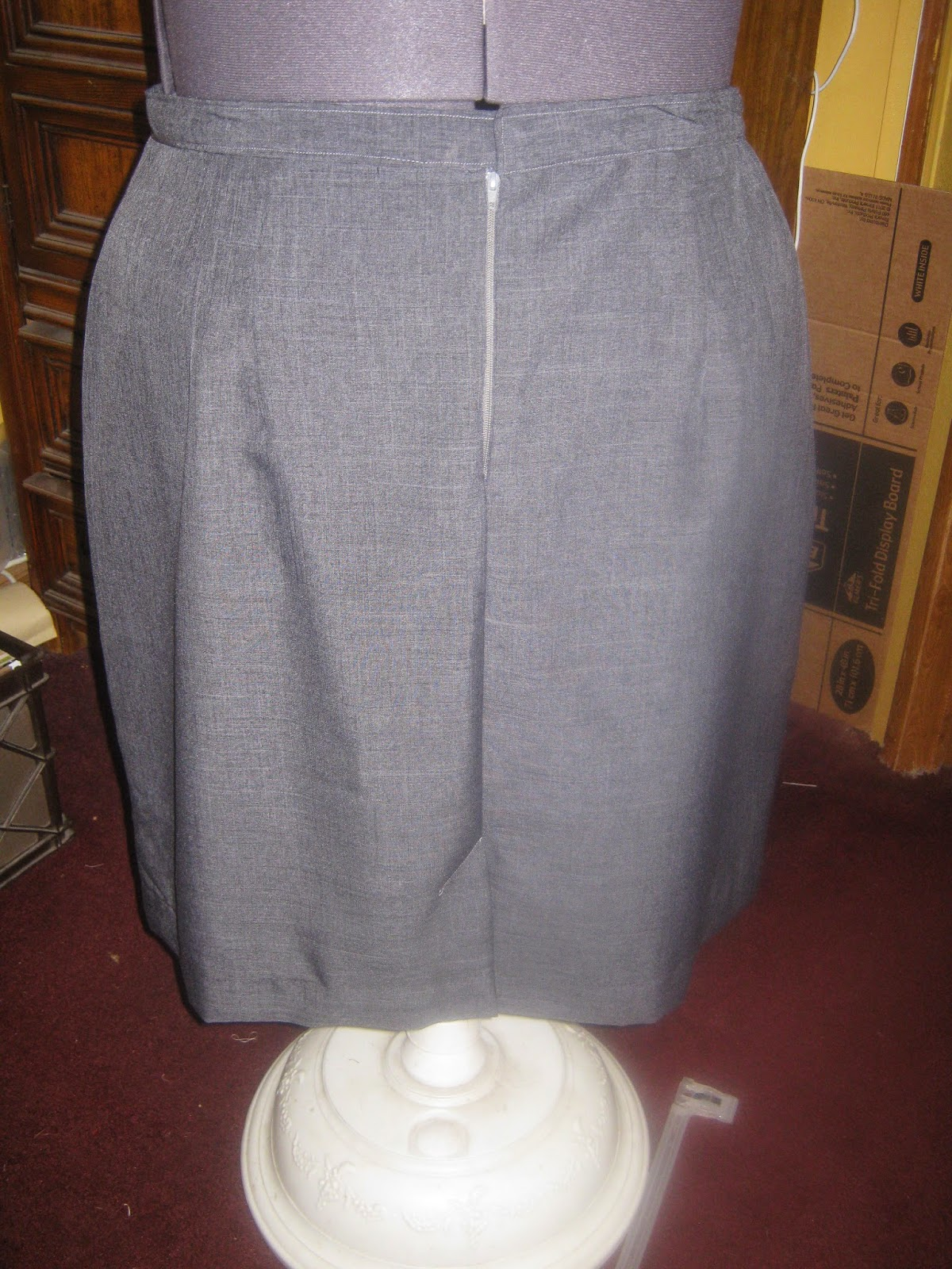 McCall's 3588 Straight Skirt grey suiting back view www.sewplus.blogspot.com