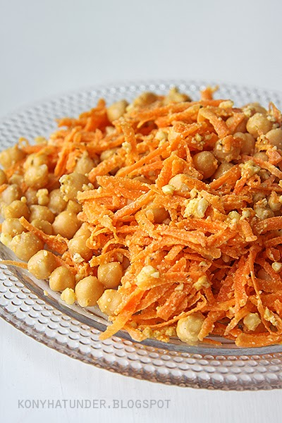 carrot_and_chickpea_salad
