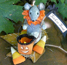 Halloween lantern mouse pattern