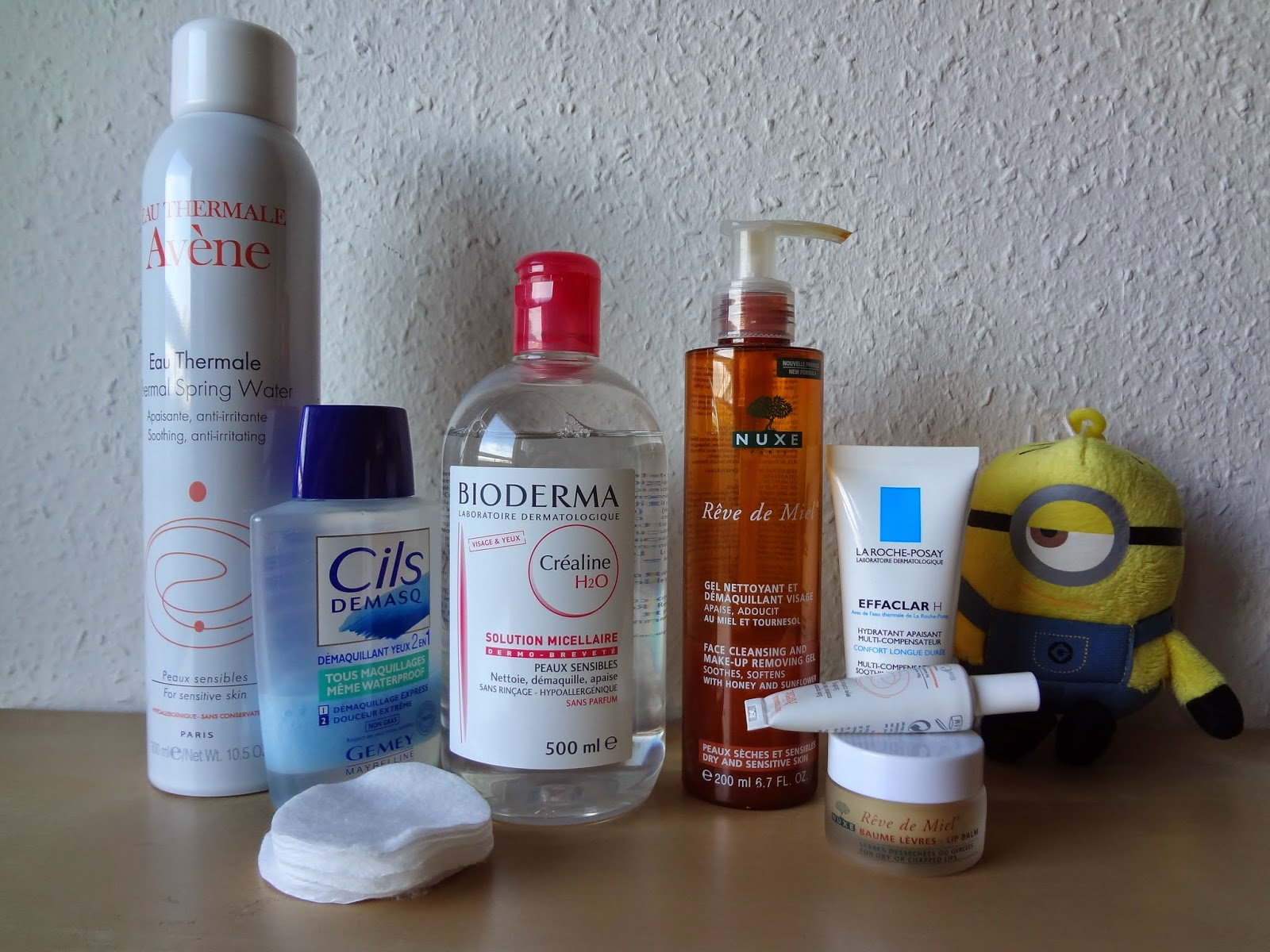 routine-soins-matin-soir-visage-belle-peau-acne-peau-sensible-grasse-imperfections-deshydratee-skincare-routine-morning-evening-products-oily-dehydrated-avene-eau-thermale-soin-contour-yeux-apaisant-hydratant-gemey-cils-demasq-waterproof-demaquiillant-yeux-nettoyage-demaquillage-hydratation-moisturizer-bioderma-crealine-solution-micellaire-micellar-peaux-sensibles-grasses-oily-sensitive-skin-nuxe-reve-miel-gel-nettoyant-demaquiillant-baume-levres-lipbalm-roche-posay-effaclar-h-hydratant-apaisant-compensateur