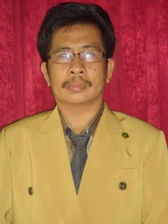 Waka Bidang Kesiswaan dan Guru B. Indoneisa.