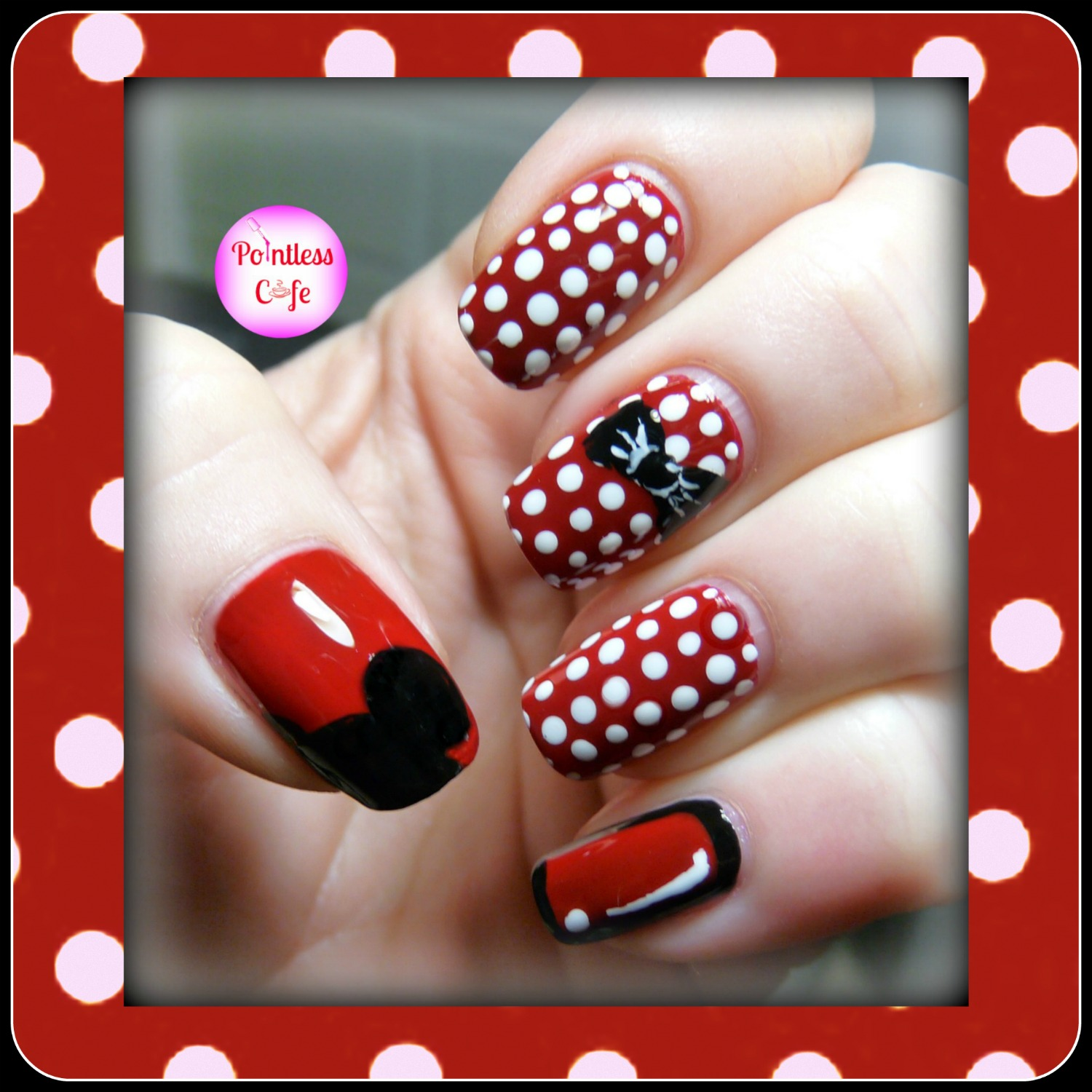Extend A Mani Mickey And Minnie Nail Art Pointless Cafe