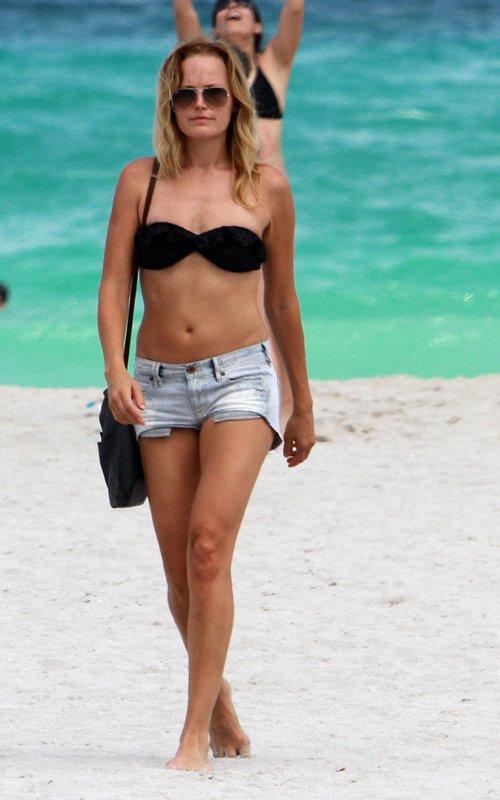 Malin akerman miami beach bikini babe hollywood celebrity gallery
