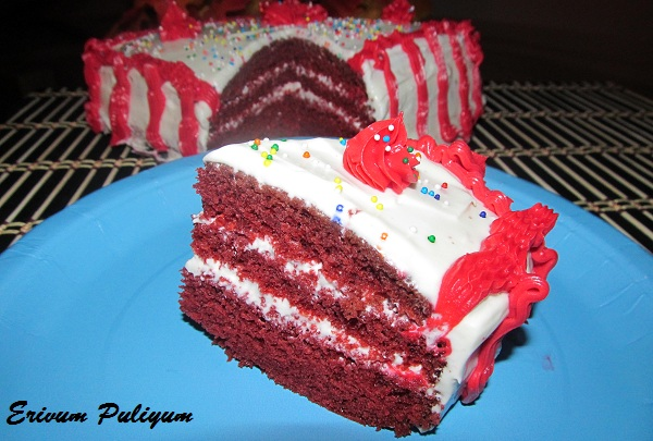 Red Velvet Cake with Red Roses & Happy New Year !!