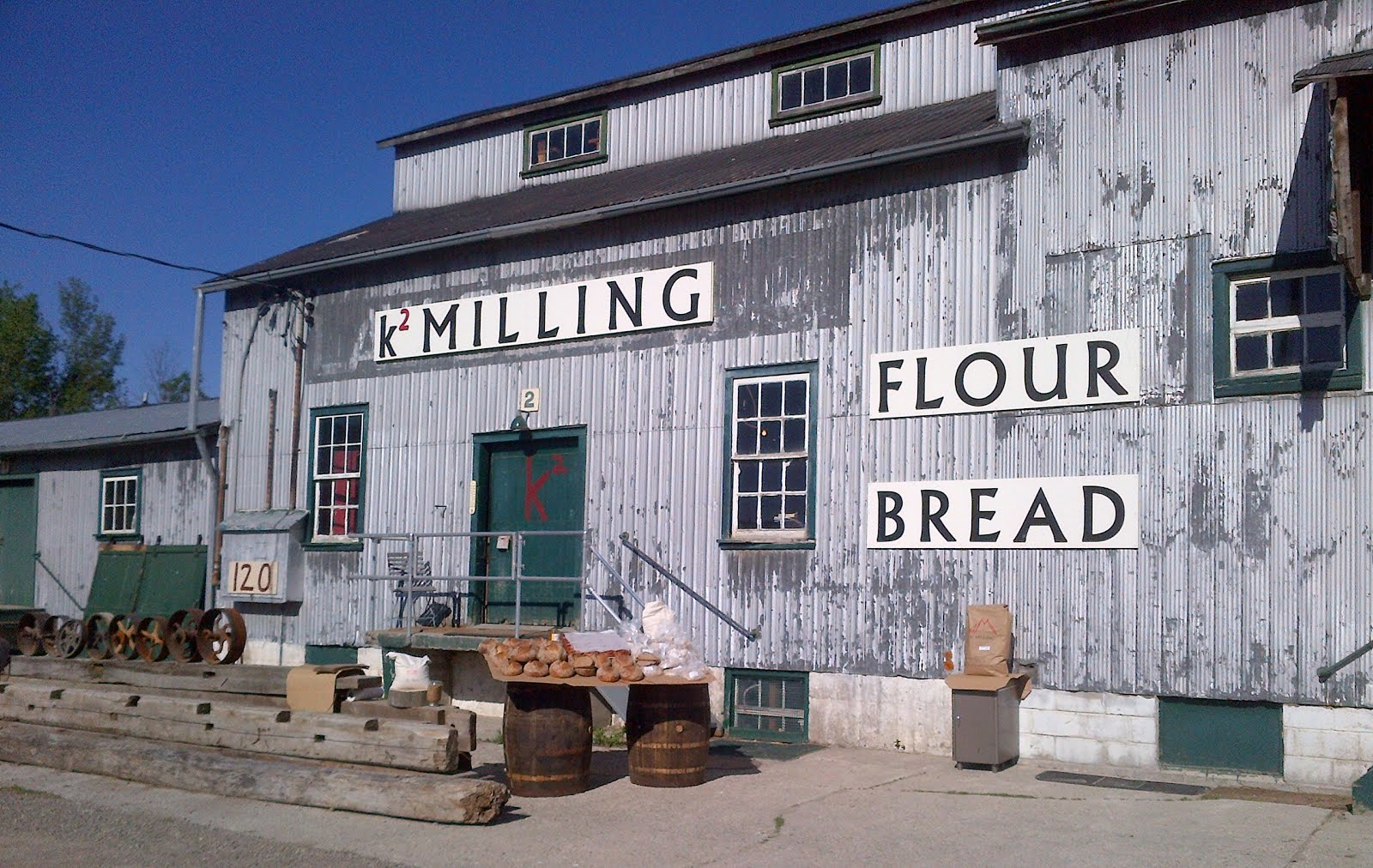 k2MILLING  -.- ..---Grinding; against the grain.  FLOUR   FLOUR  FLOUR    647 519 1194      do u k2