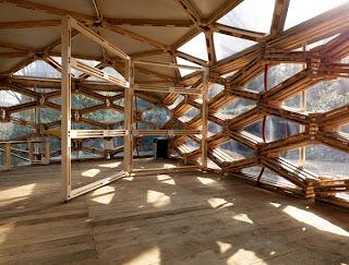 Pabellón con palets reciclados de Avatar Architettura