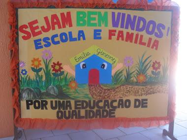 Sejam bem-vindos a escola Emília
