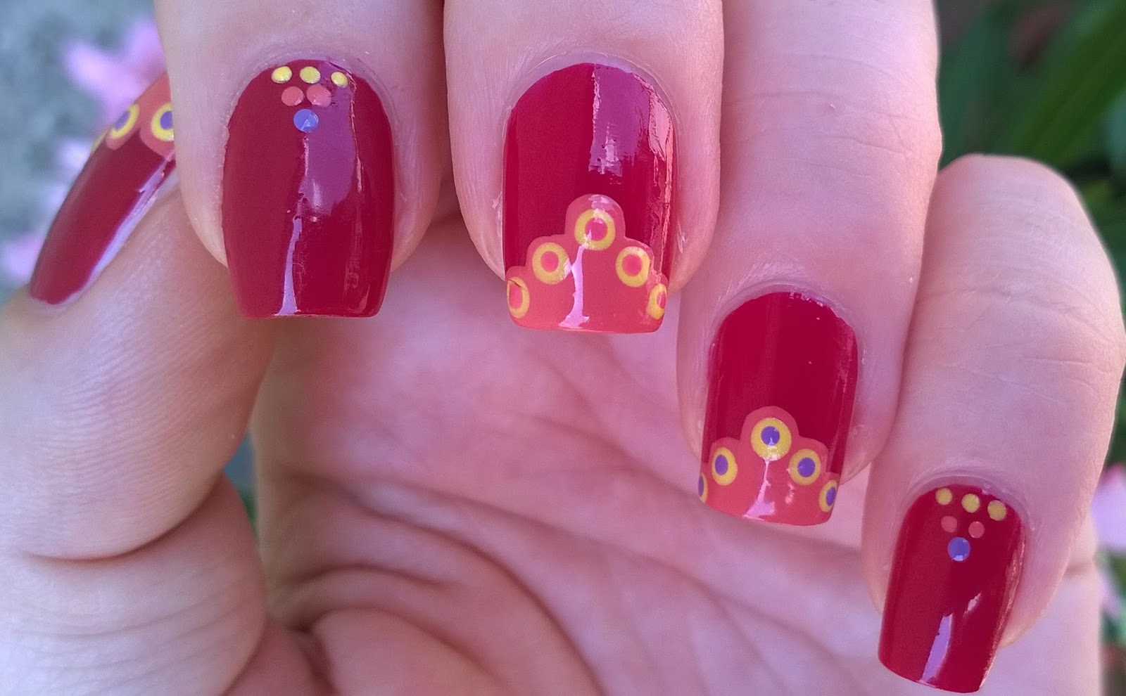 Life World Women: Simply Summer Nails - Pink-Yellow-Orange Nail Design