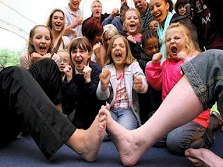toe-wrestling