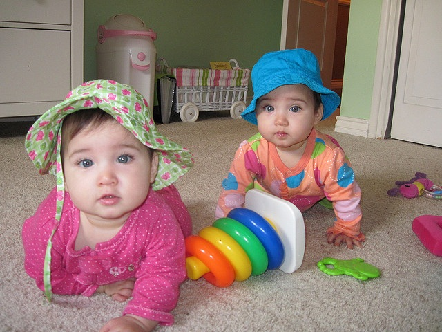 cute twins baby photos