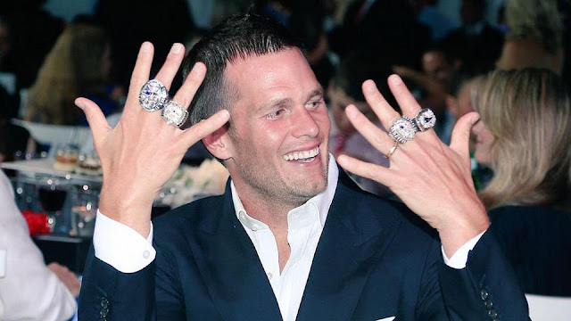 http://www.bostonherald.com/inside_track/the_inside_track/2015/06/tom_brady_patriots_get_super_bowl_rings_video