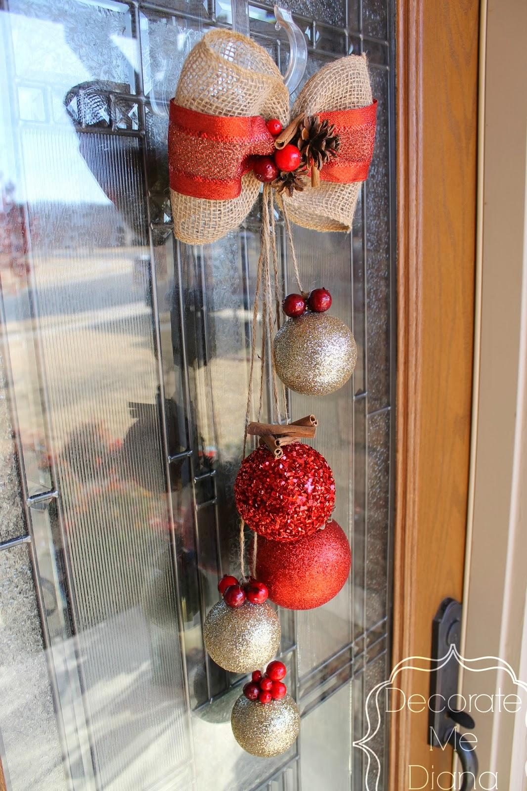 http://www.decoratemediana.com/2013/12/deconstructed-christmas-wreath.html