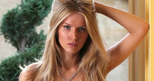 Tiffany Mulheron Nude Photos 71