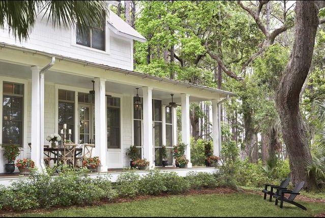 Jll design april 2013 for Southern living landscape design