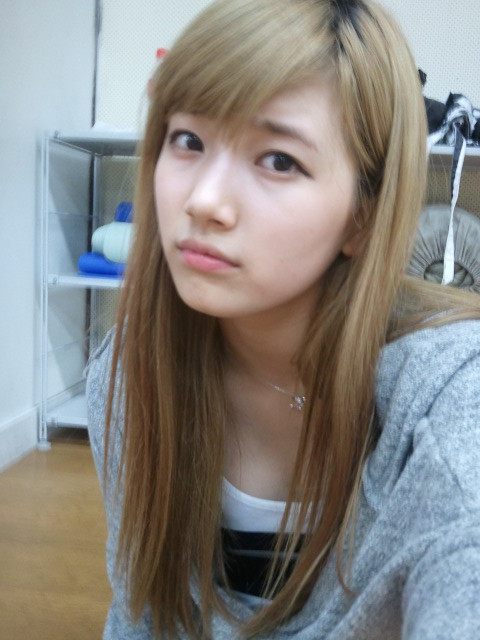 [PICS]Suzy sin maquillaje. Miss-a-suzy