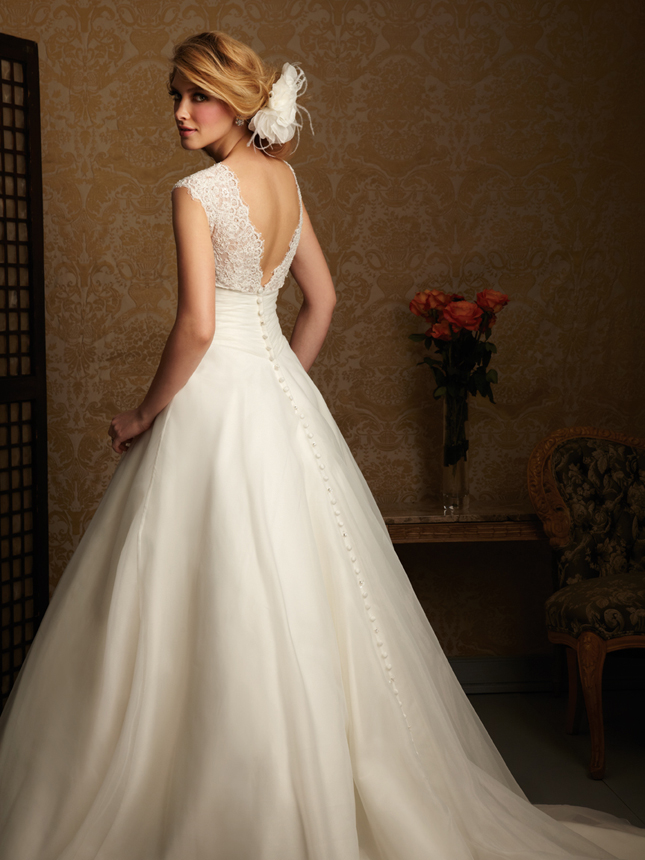 Wedding Dress Images Lace : Lace back wedding dresses part belle the magazine