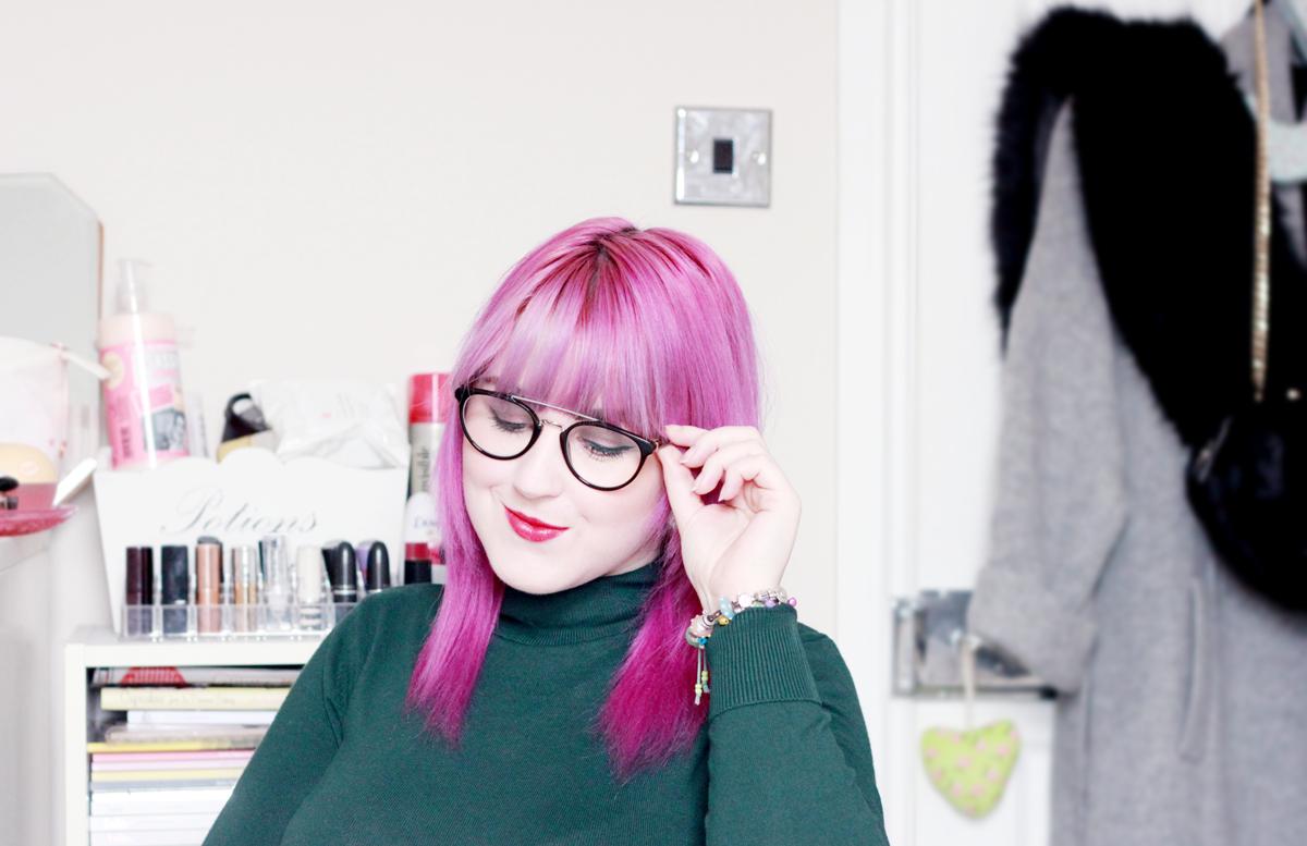Make-up tips for wearing glasses