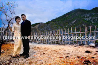 Kumpulan foto pre wedding outdoor gunung tangkuban perahu