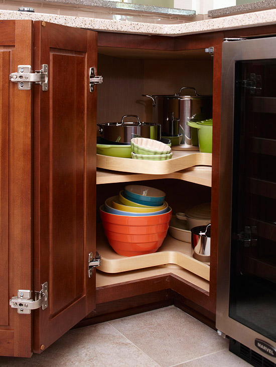 Iheart organizing 2012 01 08 - How to organize a lazy susan cabinet ...