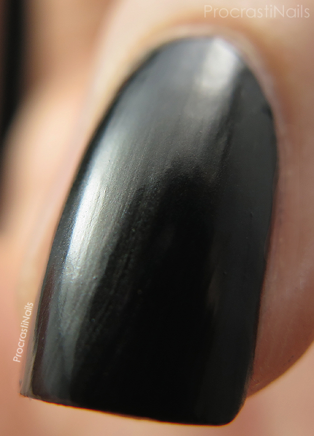 Macro of OPI Queen of the Road from the Mustang Collection