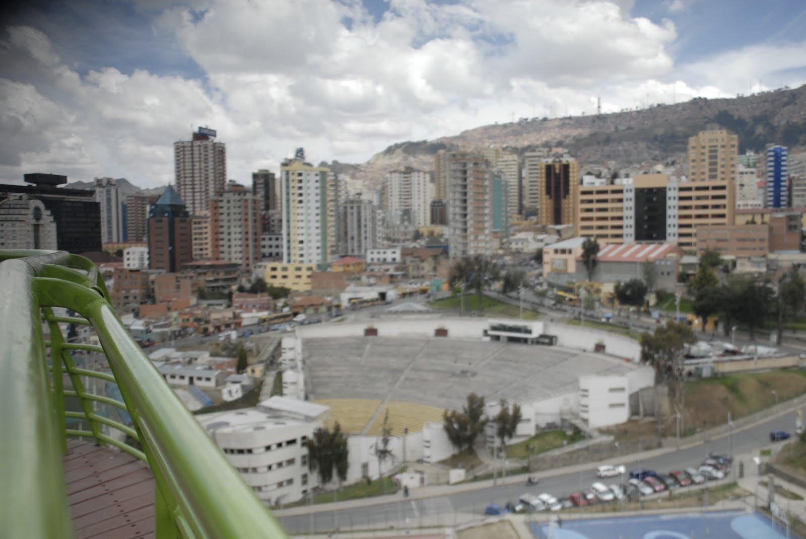 El Archivo de La Paz(Casa Montes), visto desde el cerro Laikakota