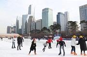 เล่นสเก็ตที่ Yeoui Ice Park