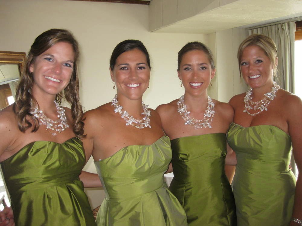 Bridesmaid jewelry in bulk