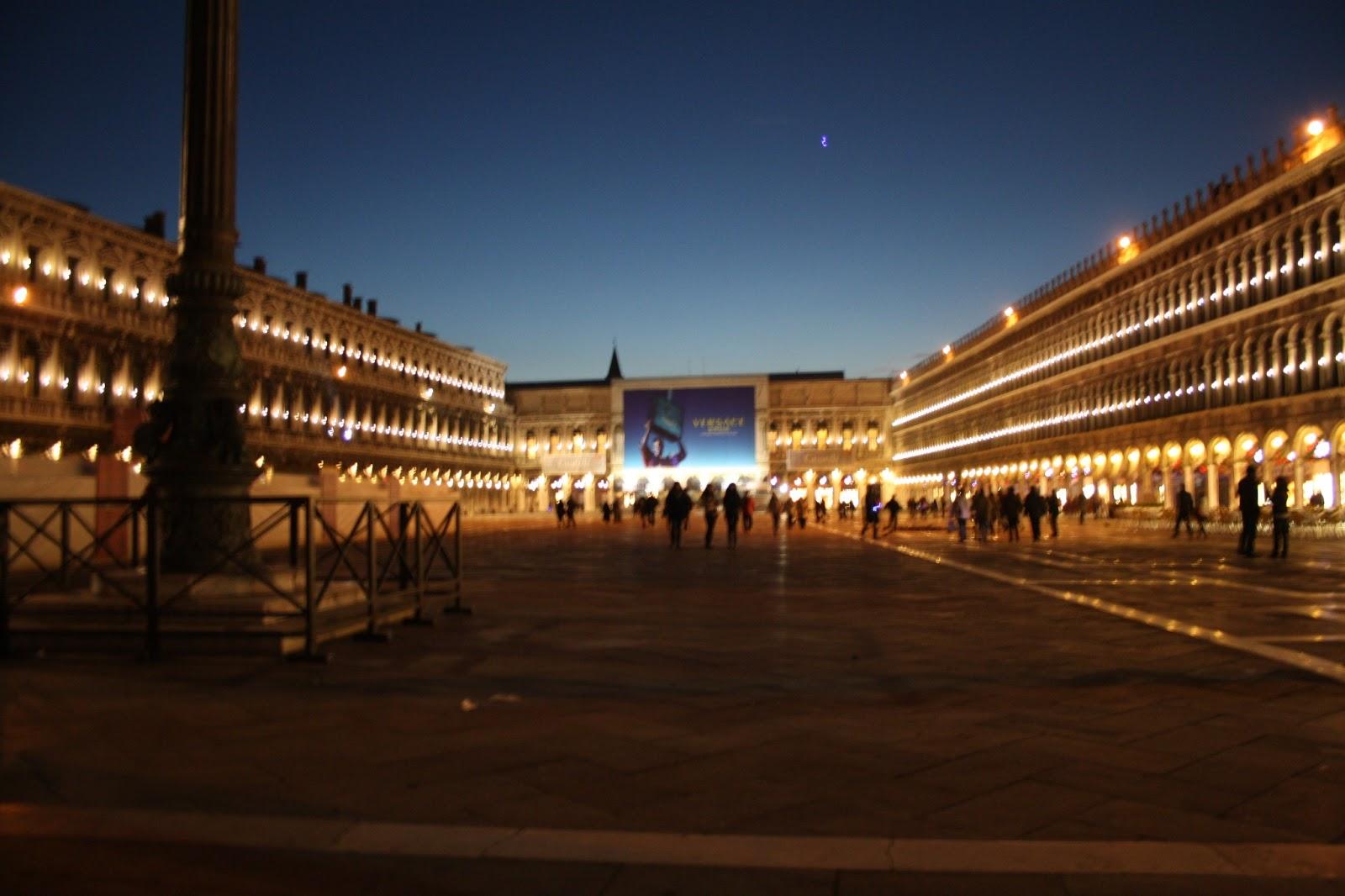 http://4.bp.blogspot.com/-GK0H4WBSxAI/UOysEGHdlwI/AAAAAAAACp0/tmIes5xCbSE/s1600/Norte+de+Italia+Diciembre+2012+574.JPG