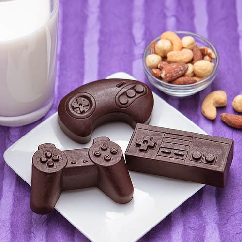 classic game controller silicon mold thinkgeek