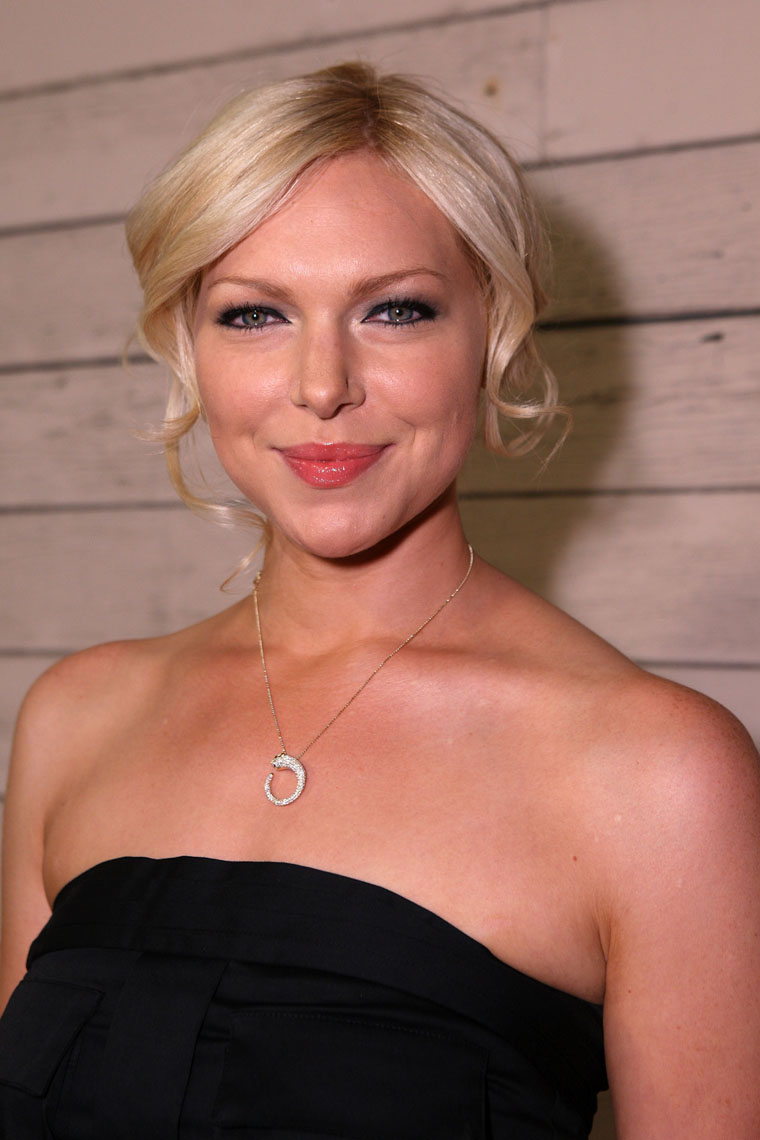 Laura Prepon De Regresso   Imbeciscom