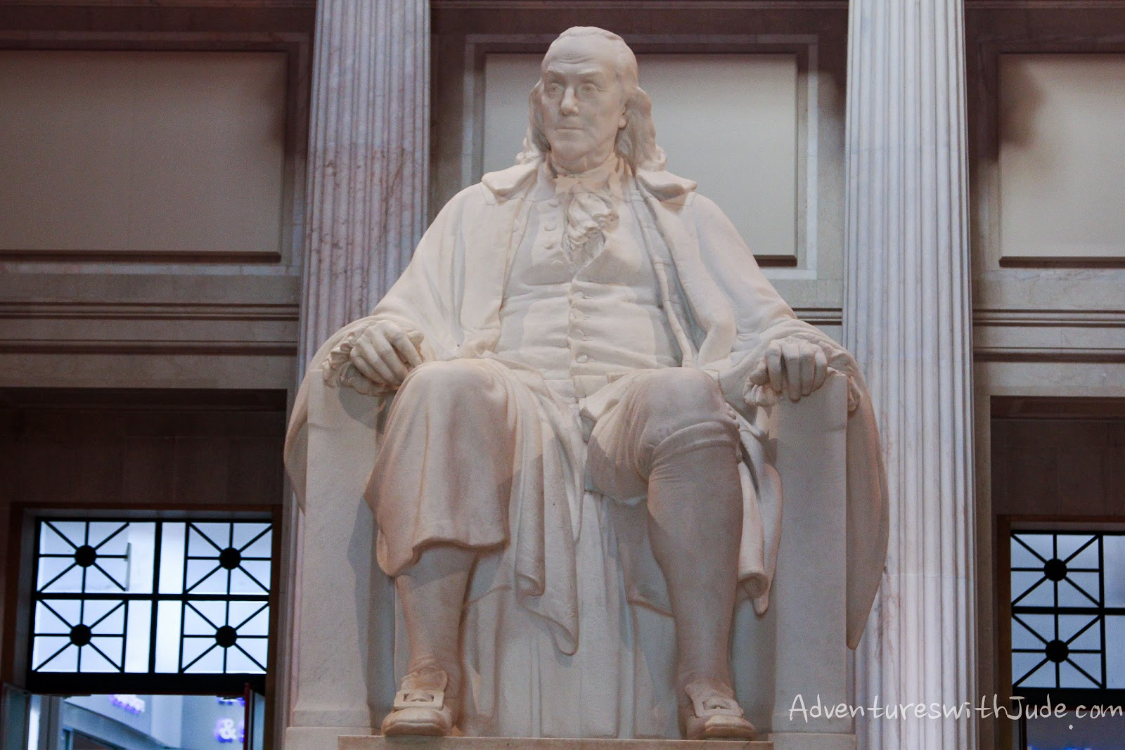 Statue of Ben Franklin
