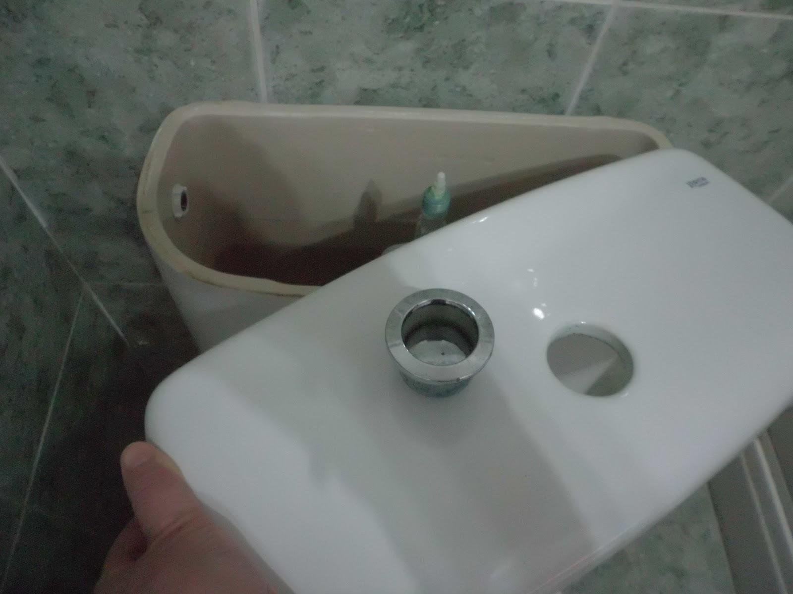 La madre que no te pari ahorrar agua con la cisterna de wc for Tapa cisterna roca