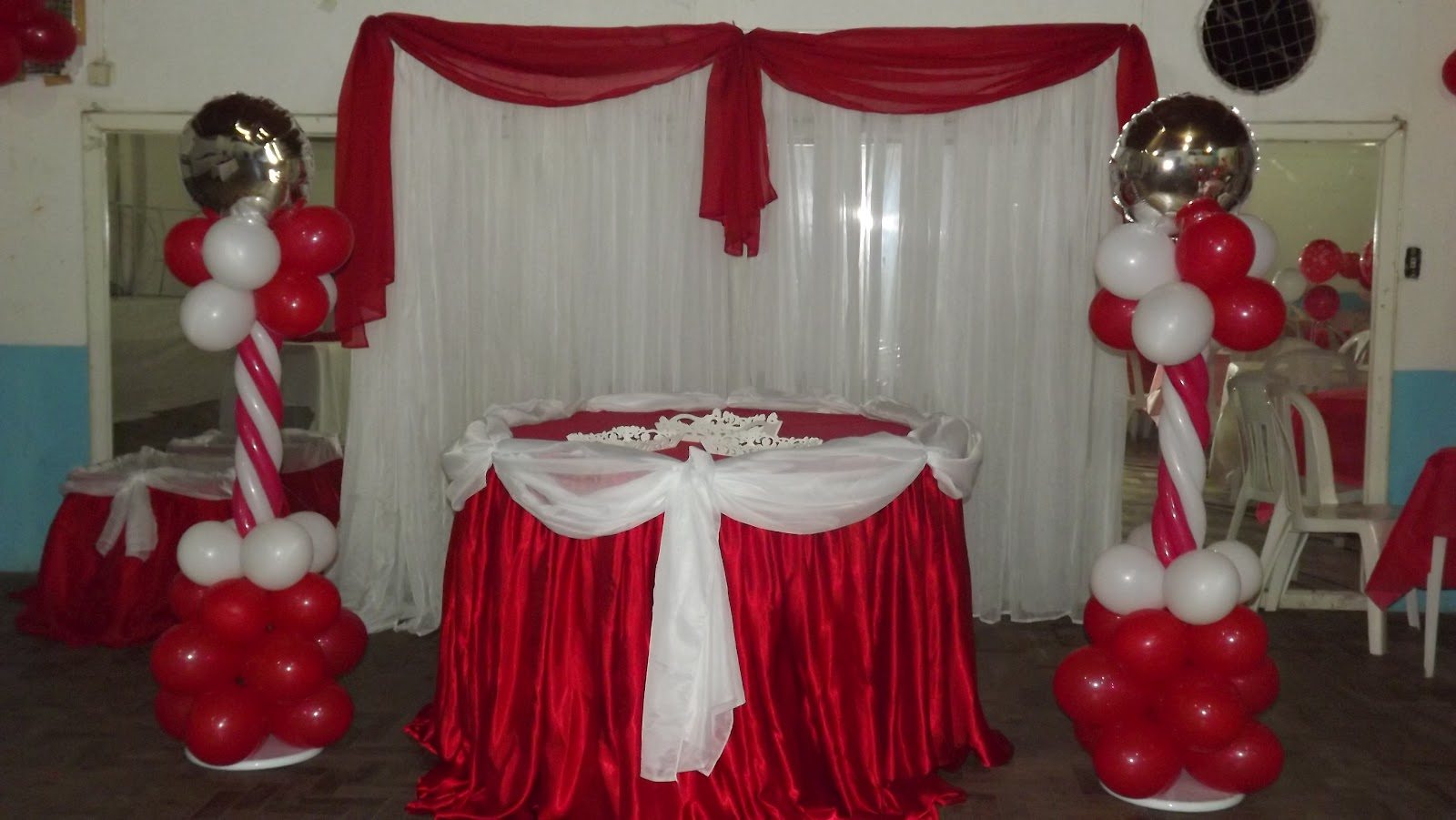 Decoração Com Tnt ~ Doce Mel Ateli u00ea de Festas Decoraç u00e3o Vermelho e branco