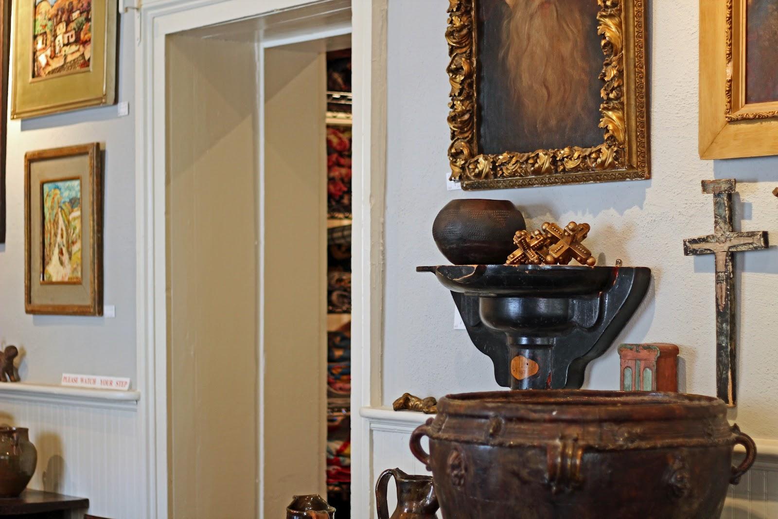 Antiques And Interiors Best 2000 Antique Decor Ideas