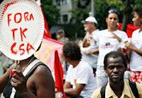 manifestação em Santa Cruz, RJ, contra a Thyssen/Krupp + Companha Siderúrgica do Atlântico (TKCSA)