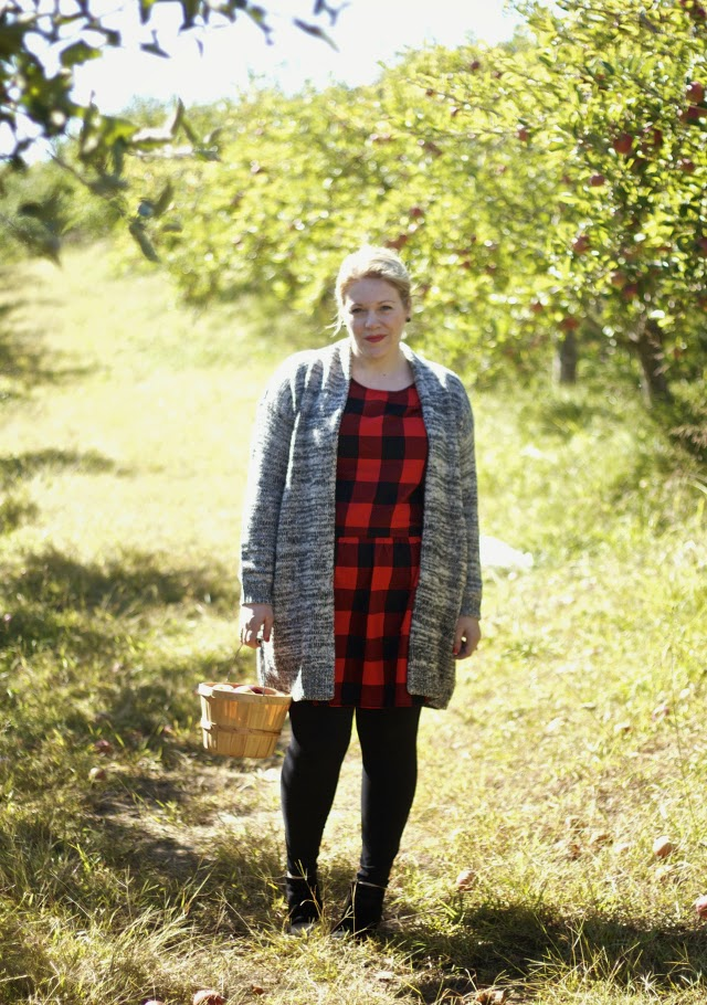 styling while apple picking