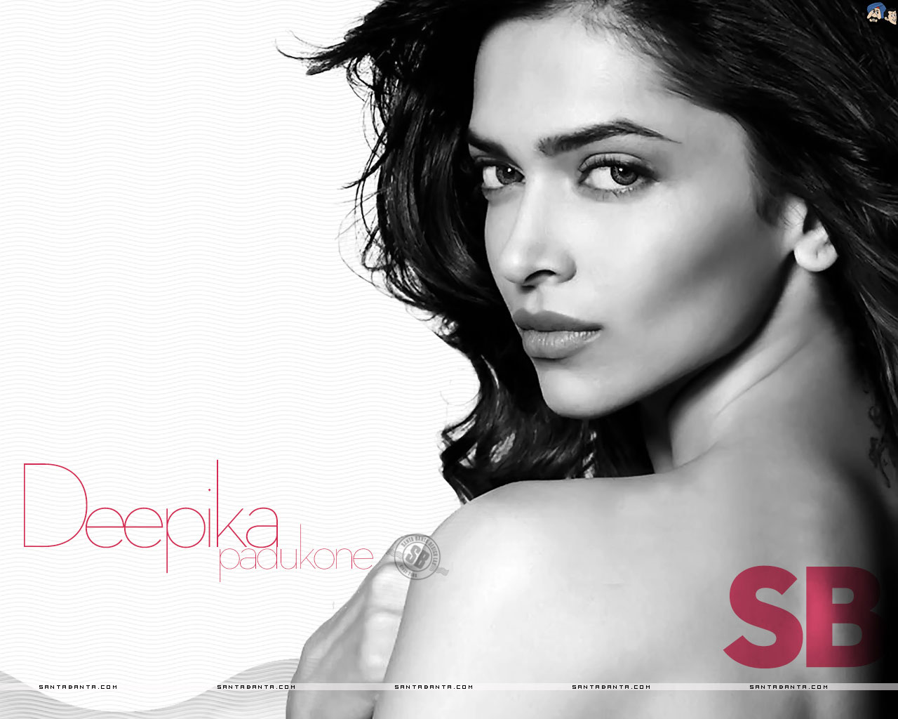 deepika padukone wallpapers sushmita sen lip kiss hq