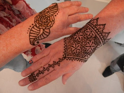 Mehndi Hands Wallpapers : Beautiful eid collection for girls best mehndi designs 2013: