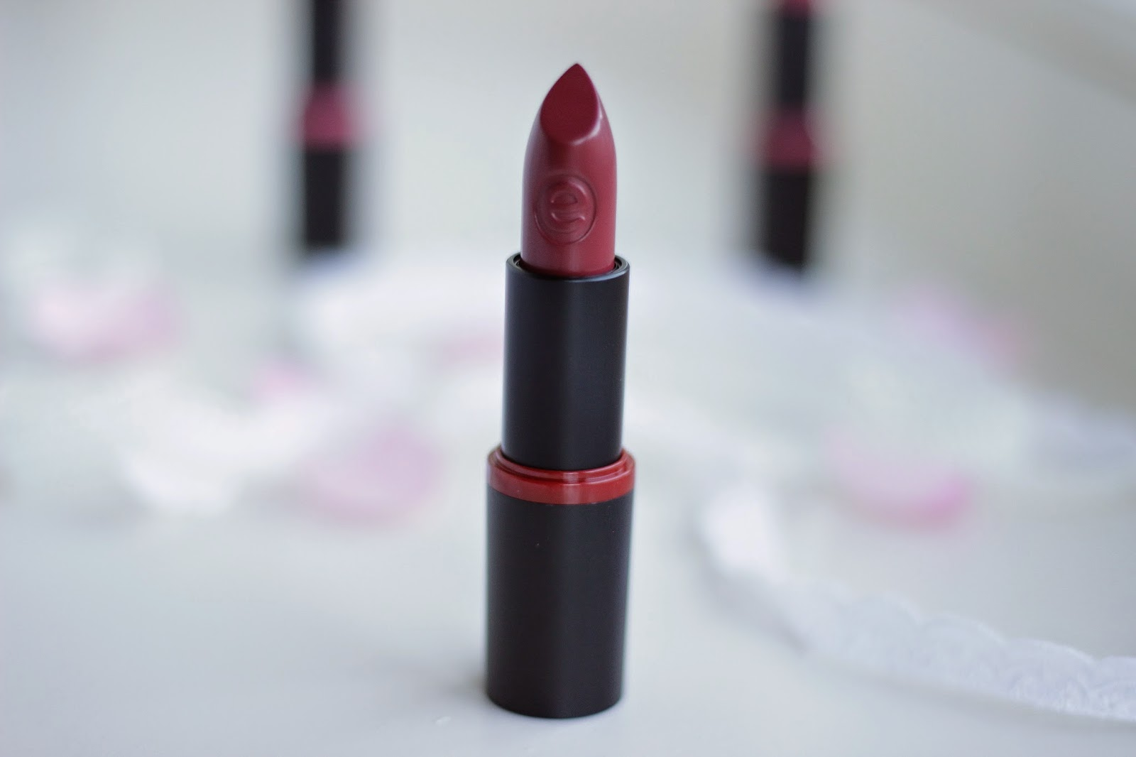 review essence longlasting lipstick 18 matt wanted