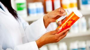 Baldness, prostate drugs raise in-fertility risk