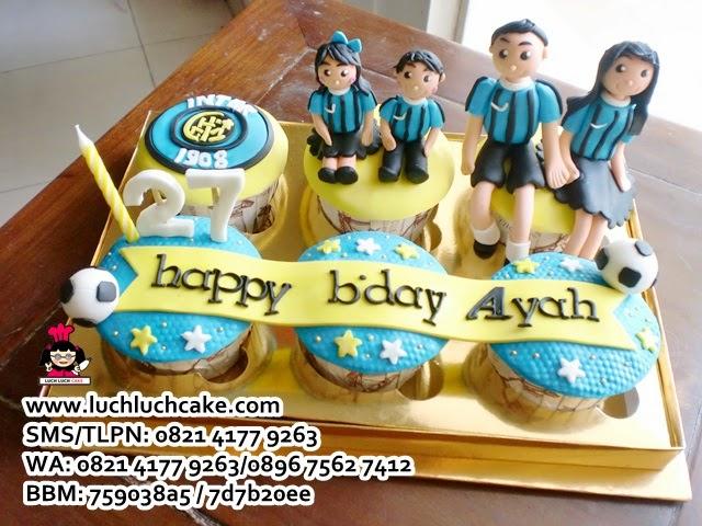 Cupcake Keluarga Tema Intermilan Daerah Surabaya - Sidoarjo