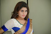 Actress Harini Hot Photo Shoot Gallery-thumbnail-6