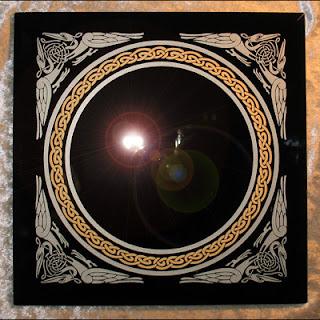 Magie de l 39 envo tement retour d 39 affection le miroir for Miroir magique obsidienne noire
