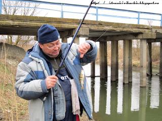 ловля окуня на канале