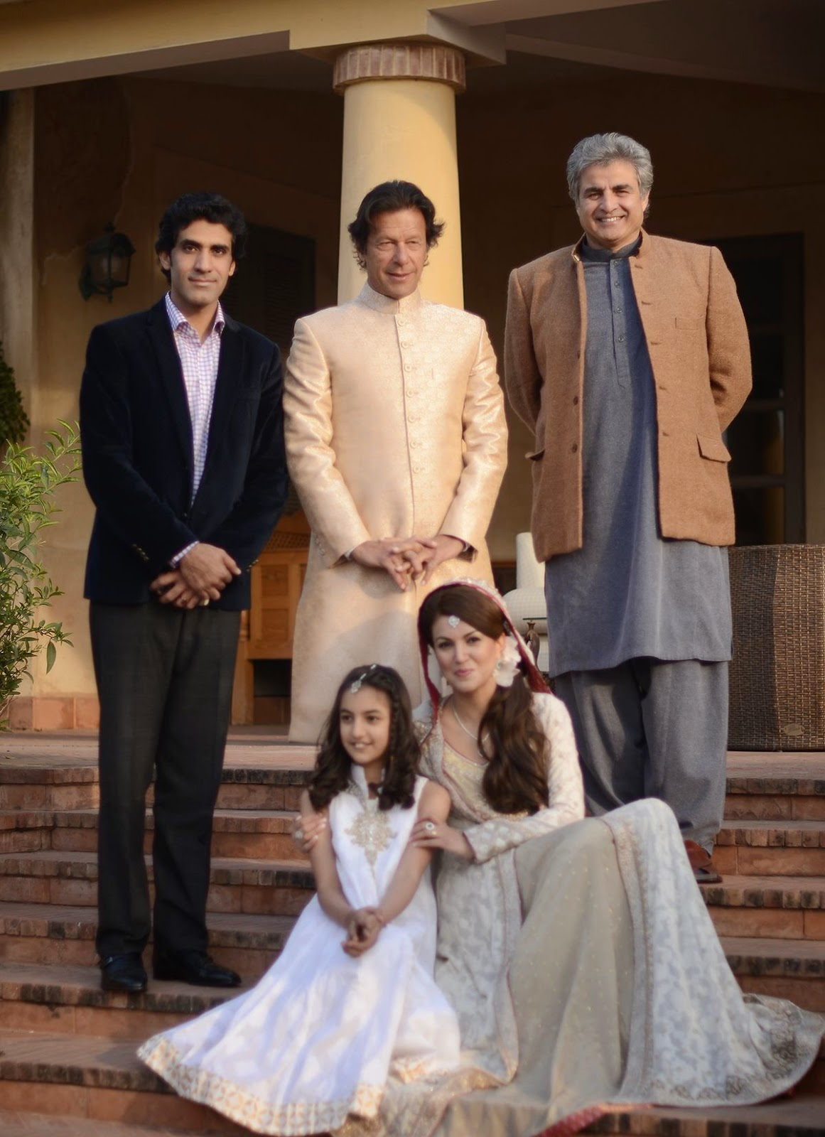 Unviewed Photos - Imran Khan and Reham Khan wedding shoot