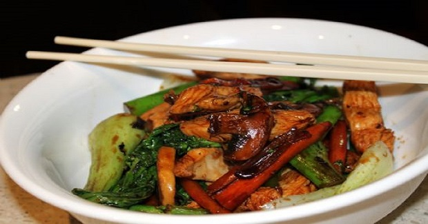 Chicken and Vegetable Stir Fry with Oyster Sauce