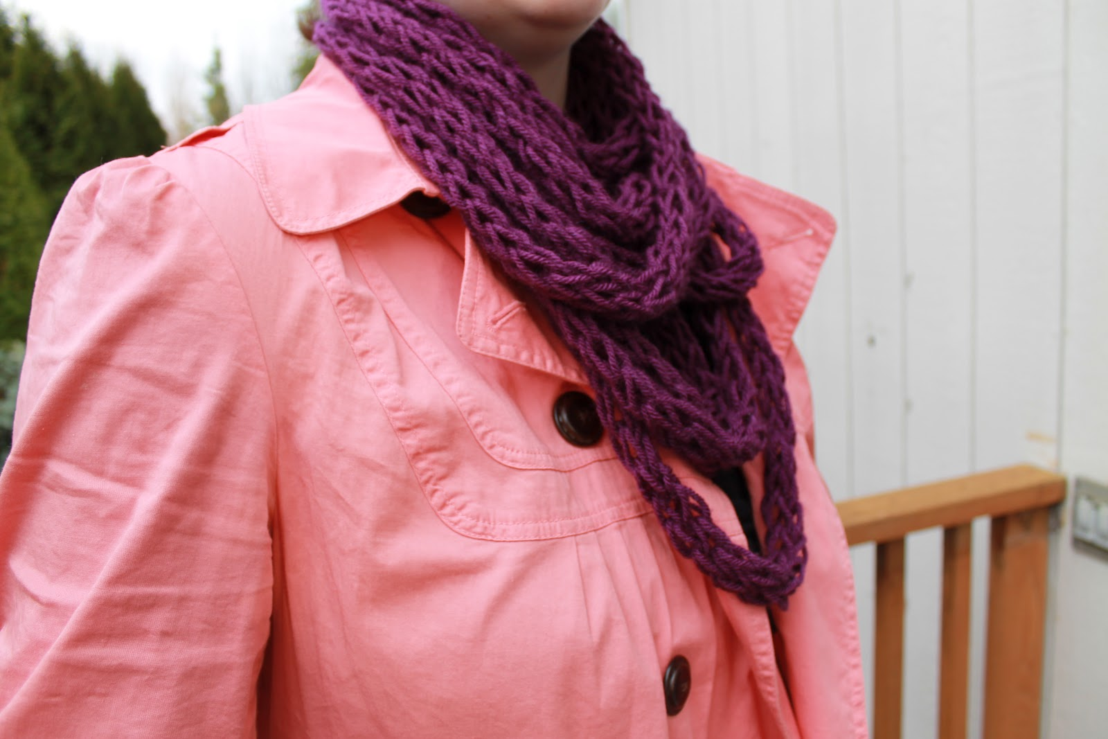 seeking eco chic finger knitting diy scarf