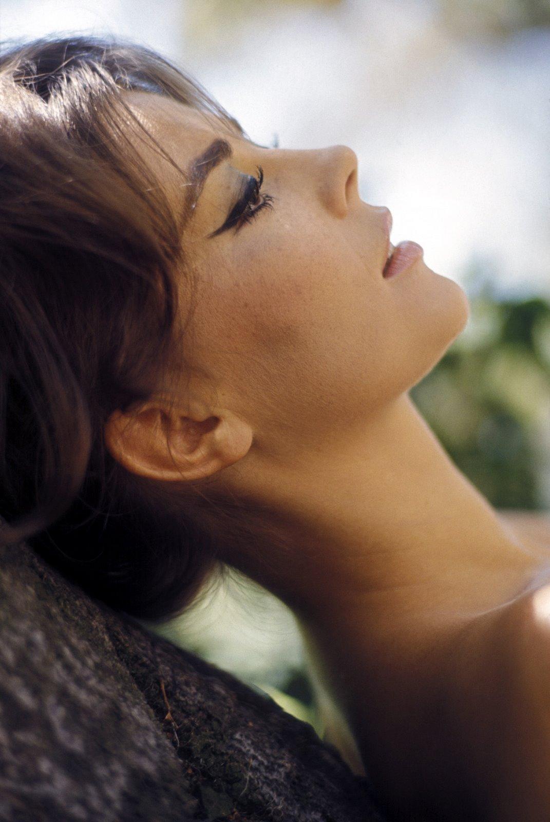 http://4.bp.blogspot.com/-GLfN_r0glyA/TqMflPrao_I/AAAAAAAAC-A/v-MfshwjL8s/s1600/Natalie+Wood30.jpg